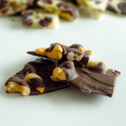 dark-chocolate-cashew-bark-1000px